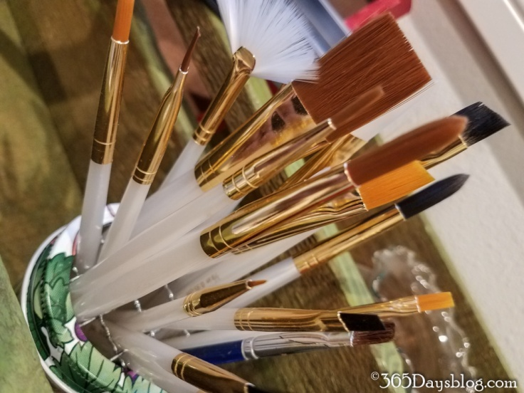 brushes-1-of-1